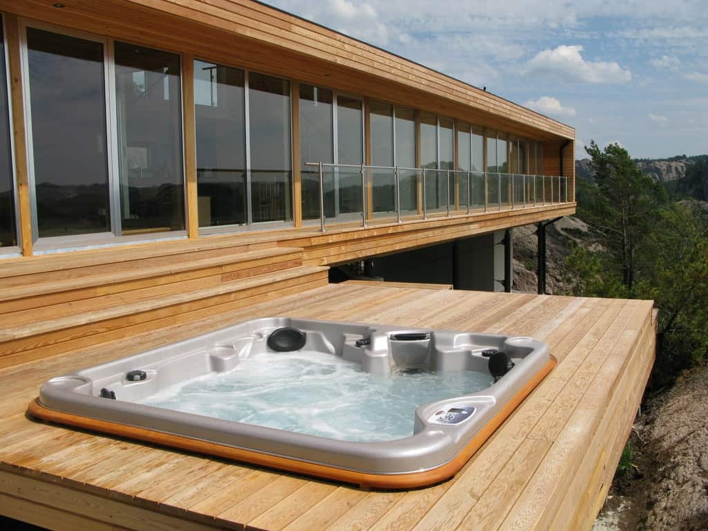 Arctic spas hot tub on the external deck